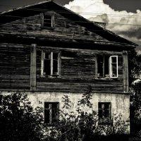 Черный дом :: Олег Дурнов
