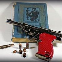 Добрым словом и пистолетом можно сделать гораздо больше, чем одним ..пистолетом.. :: Андрей Заломленков