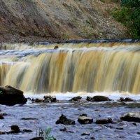 Водопад на реке Саблинка :: Денис Матвеев