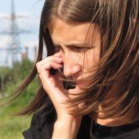 Маша с телефоном :: Даша Полевая