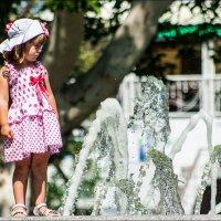 Девочка и фонтан :: ale uro