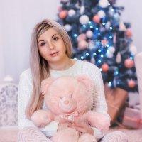 Персиковый новый год! :: Ольга Егорова