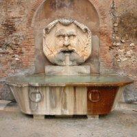 Римский фонтанчик :: Galina Belugina