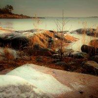 солнце встаёт в Грислехамн :: liudmila drake