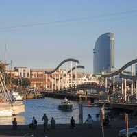Пешеходный мост в порту Барселоны :: Tamara