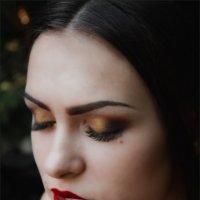 Очень чувственная девушка :: Эльвина Серафимова