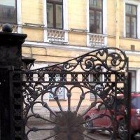 Створка ворот из прошлого :: Svetlana Lyaxovich