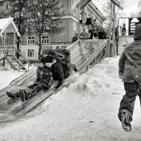 ледяная горка :: Сергей Демянюк