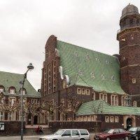 Протестанская церковь  Дюссельдорфа, Обербильк :: Witalij Loewin