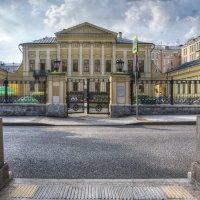 Москва. Библиотека им А. С. Пушкина. :: В и т а л и й .... Л а б з о'в