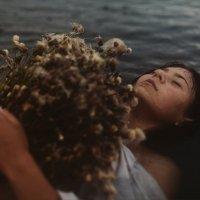 A caprice of silent lakes :: DewFrame [Kozlova+Yagodinsky]