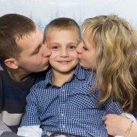 Любовь родителей всегда прекрасна :: Екатерина Гриб