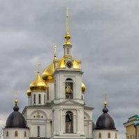 Храм в г. Дмитров. :: Андрей Козлов