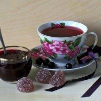 Чай со смородиной :: Татьяна Смоляниченко