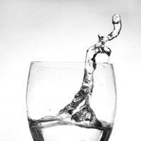 предметная фотография- съемка жидкости в движении.удалитьредактировать :: Hурсултан Ибраимов фотограф