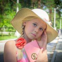 rose :: Oksana Likhadziyeuskaya