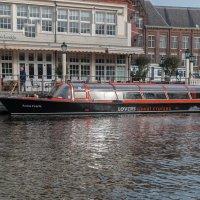 Прогулочный катер Амстердама :: Witalij Loewin