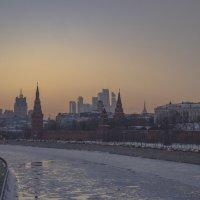 Закат в центре Москвы :: Сергей Федоткин