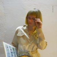 Мари и книга :: Роза Бара