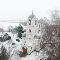 Аэросъемка / Храм в селе Бронница :: Павел Москалёв