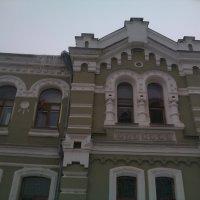 Правая боковая часть здания Минздрава Рязанской области :: Tarka