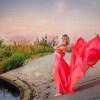 Дарья на закате :: Наталья Захарова