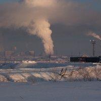 Будни рабочего города... :: Sergey Apinis