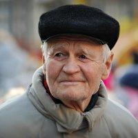 Дедушка... :: Юрий Гординский