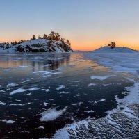 Зеркальный лёд Ладоги. :: Фёдор. Лашков