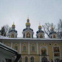Главный храм Псково Печерского монастыря. :: Татьяна