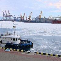 Ледяное Черное море ( 5 ) :: Людмила