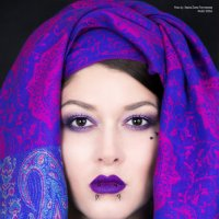 портрет в шали :: Ирина Плотникова