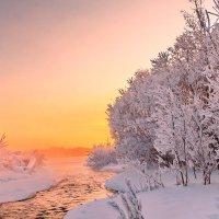 Розовое утро января :: Александр