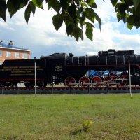 Нижнеудинск. Памятник нижнеудинцам - железнодорожникам :: Валентин Когун