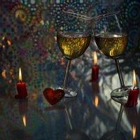И мы выпьем с тобой за негаснущий свет Любви! :: Ирина Данилова