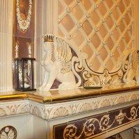 Фрагмент камина в Сандуновских банях :: Константин Поляков