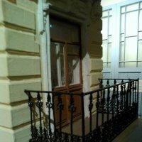 Макет балкона доходного дома 19 века. (музей Петропавловская крепость). :: Светлана Калмыкова