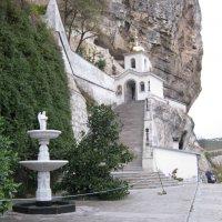 Бахчисарай ,мужской монастырь в скале :: Ирина Диденко