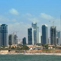 Тель-Авив стремится ввысь. :: Ludmila Frumkina
