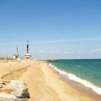 Берег Каспийского моря в районе г. Махачкалы. :: Владимир Драгунский
