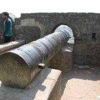 старая турецкая пушка г. Джунагар. Индия :: maikl falkon
