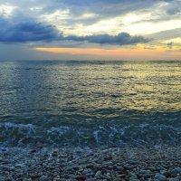 Утро на море.... :: Юрий Цыплятников