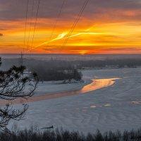 Восход  морозным утром :: Андрей Поляков