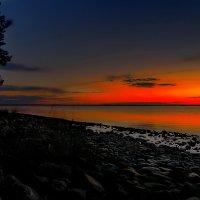 Закат на озере Янисярви. :: Владимир Ильич Батарин