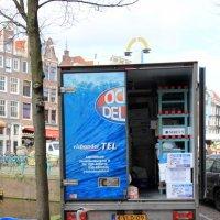 """ожидание """"улова"""" у грузовика с рыбой/ цапля из города Амстердам на """"охоте"""":-) :: Olga"""