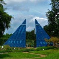 Синие пирамиды :: Nina Yudicheva