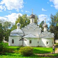 Архангельское  Храм  в парке :: Вячеслав