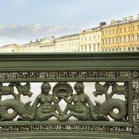 на Аничковом мосту :: Наталия П