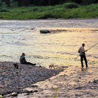 Вечерок на реке :: Сергей Чиняев