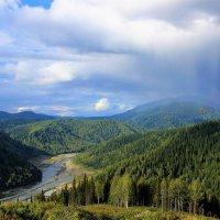 Август пришёл с дождями :: Сергей Чиняев